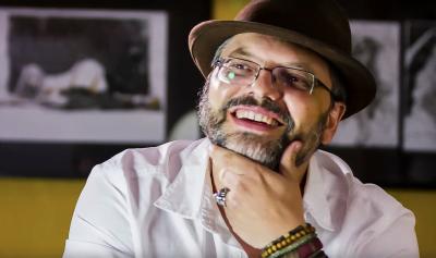 Marcelo Campos foi o primeiro brasileiro a desenhar para a DC na década de 1980. De lá para cá, ele diz que o mercado melhorou, mas ainda precisa ser mais popular.