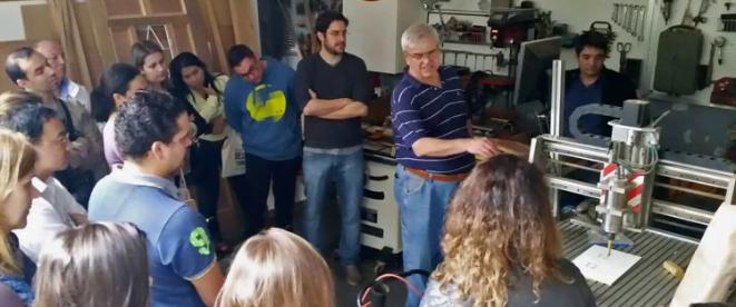 José Michel recebendo convidados no Engenho Maker, experiência que durou um ano, em 2016.