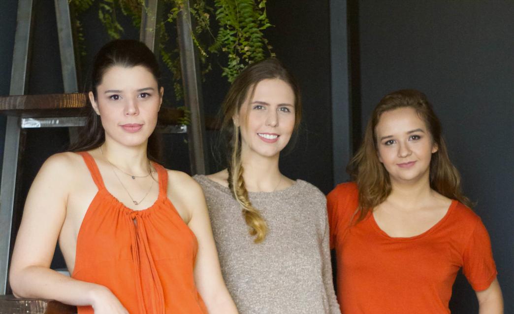 Bruna Zampollo, Bruna Doros e Priscila Bajon, que apostam no slow fashion com a Eth&Co.