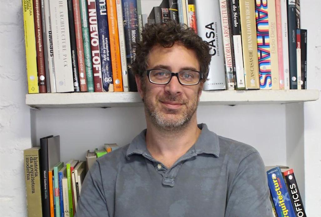 Marcio Boruchowski, fundador da Hackademia e CEO da plataforma Educare: educação e tecnologia de mãos dadas.