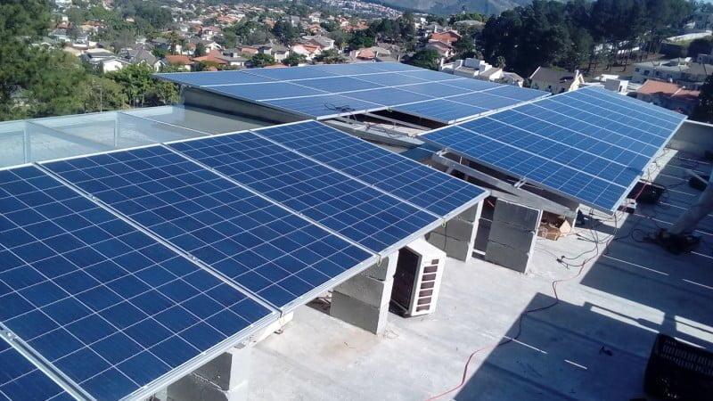 Sistema da Solstar instalado em Alphaville, bairro na região metropolitana de São Paulo.
