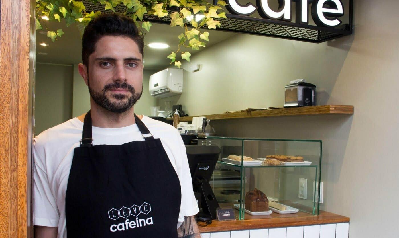 O interesse de Gustavo por grãos de café especiais surgiu em 2005, durante uma temporada nos Estados Unidos.