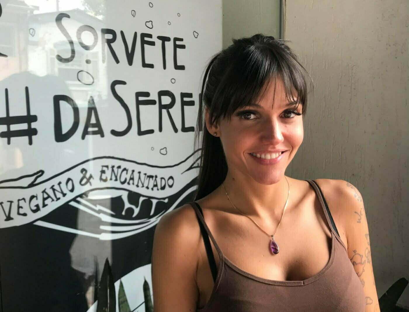 Carol Caliman, a Sereia, transformou seu ativismo vegano em duas empresas diferentes.