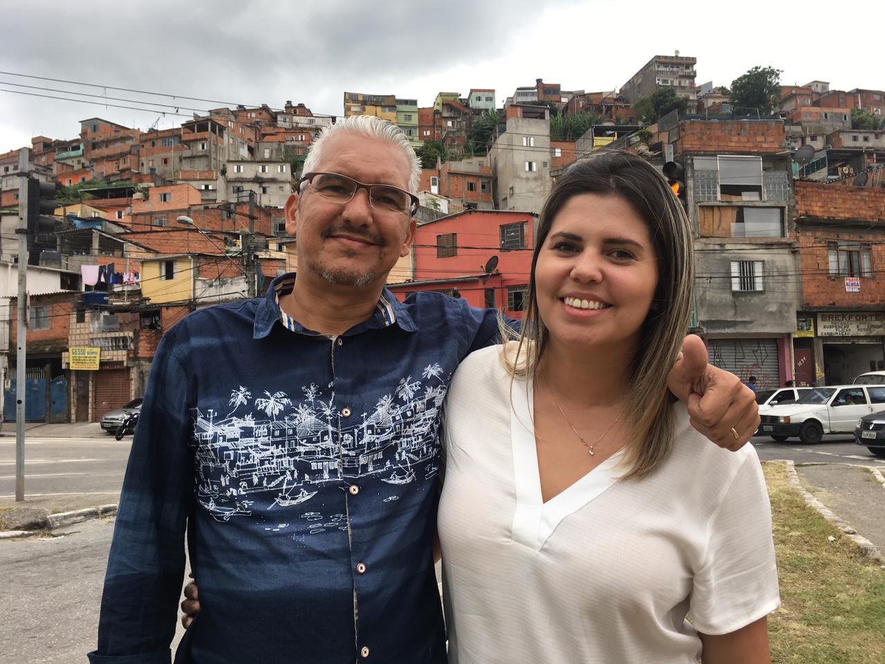 Alvimar da Silva e a filha, Aline Landim, empreendedores da Jaubra —Uber para a Brasilândia, na periferia de São Paulo.