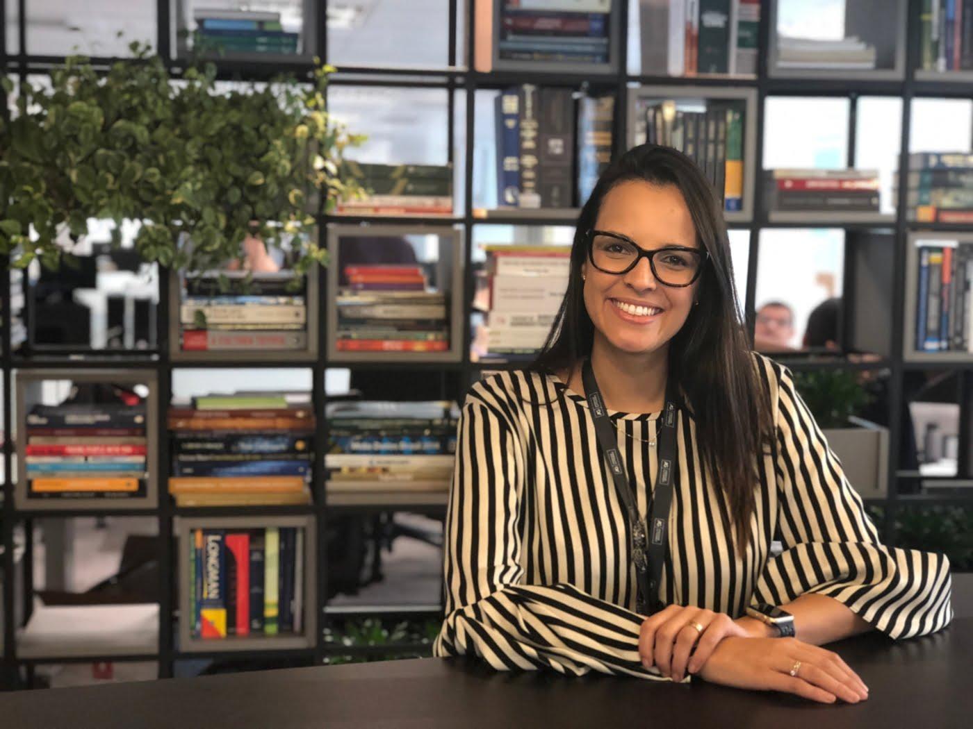 Gláucia Alves, Diretora de Inovação da Andrade Gutierrez, está na construtora há 10 anos, viveu o turbilhão da crise política e lidera o processo de transformação na empresa.
