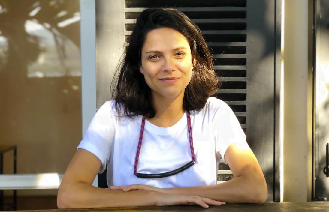 Depois de viver o luto pela mãe, Fernanda Sigilião partiu em busca do emprego perfeito. Ainda não o encontrou, mas compartilha seu passo a passo de como abrir caminhos — na Europa ou em qualquer lugar.