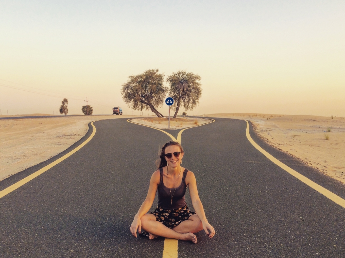 """Depois de anos se achando uma pessoa comum, Letícia Mello conta como descobriu seu potencial de fazer """"coisas extraordinárias"""", após uma viagem de voluntariado pela Ásia que resultou em um livro e em um documentário."""