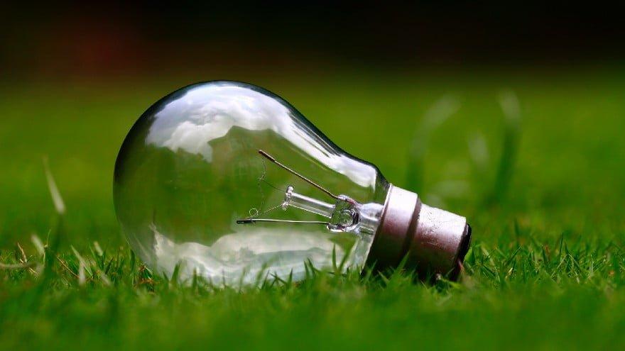 Não se deixe abater por comentários negativos e busque colocar em prática suas ideias.