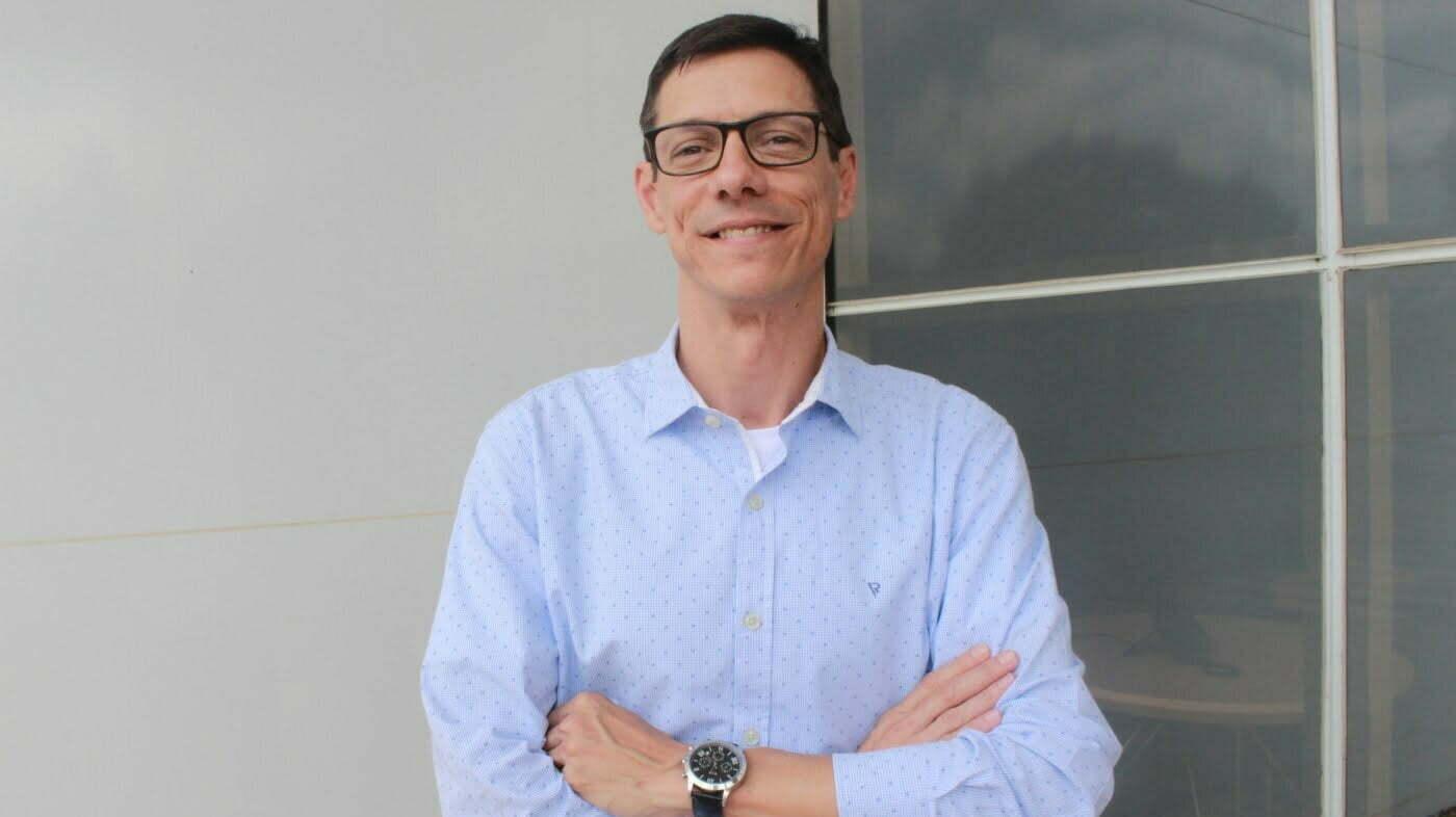 Luiz Eduardo Serafim, head de marketing da 3M, fala sobre a cultura de inovação da empresa, sobre maneiras de entrar na era digital e sobre a importância do autoconhecimento para ser feliz.