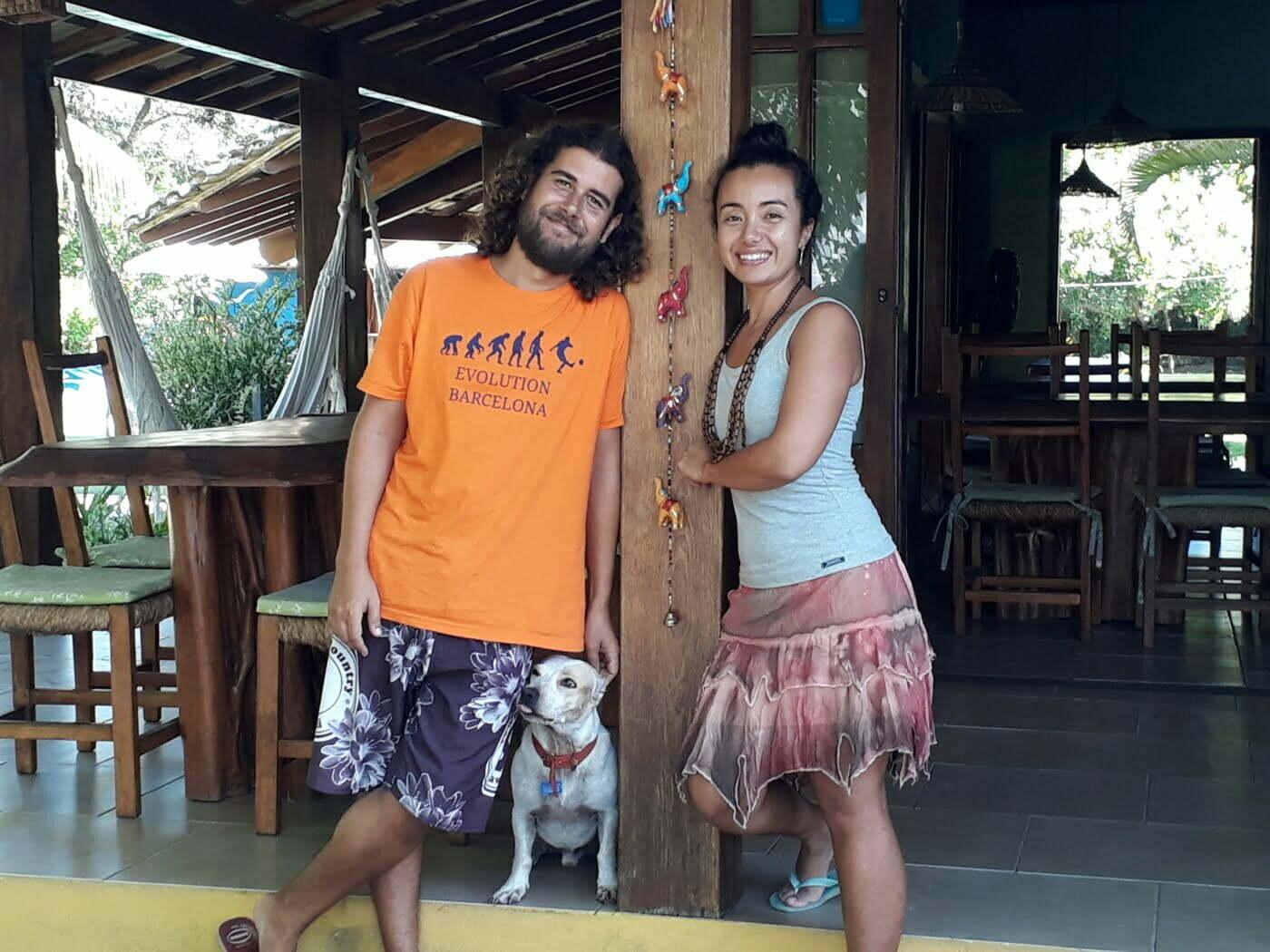 Aline e Paulo largaram São Paulo para empreender uma pousada de praia na Bahia.