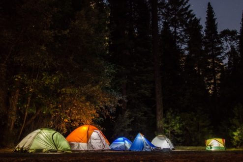 Assim como em um acampamento, no mundo dos negócios é preciso ter em mãos ferramentas para possíveis imprevistos.