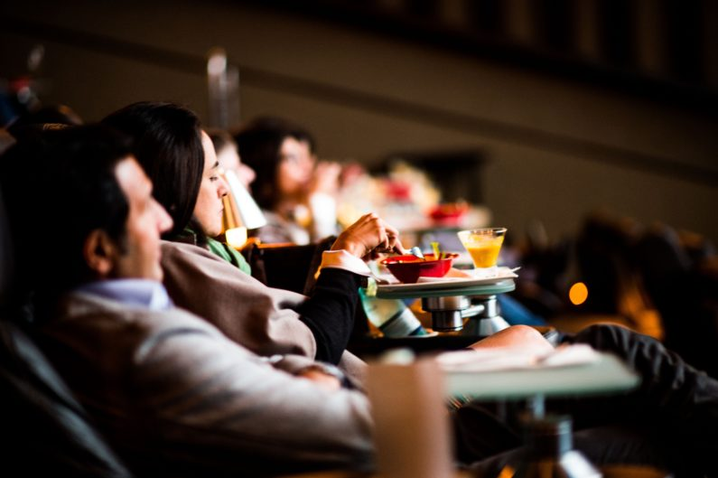 Assista o filme e saboreie o prato - o Banquetes de Cinema é uma das experiências criadas pelo Foodpass