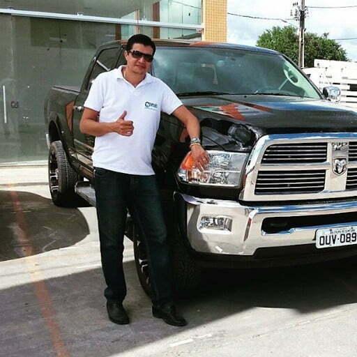 Roque Ramos Filho com sua Ram 2500