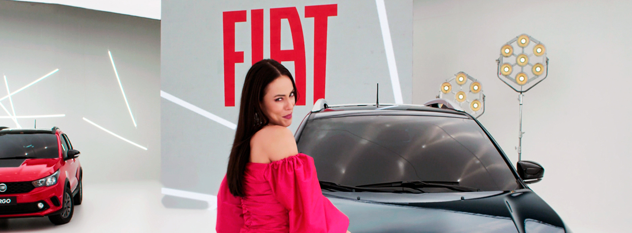 Vivi Guedes fazendo propaganda da Fiat