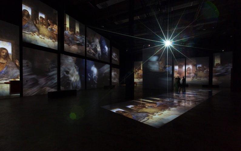 Projeções da pintura A Última Ceia, de Leonardo da Vinci