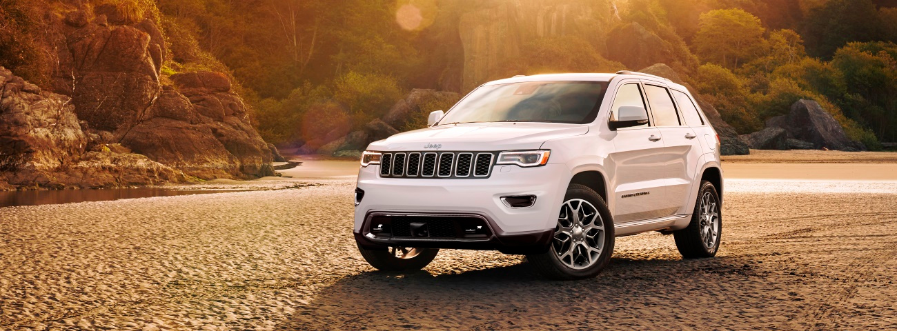 Jeep Grand Cherokee 2020 branco