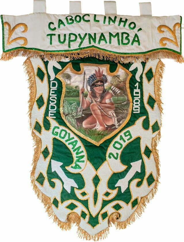 Estandarte oficial da agremiação Caboclinho Tupynambá