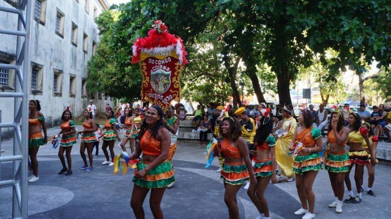 Pretinhas do Congo em apresentação na Casa da Cultura, em Goiana (PE, Brasil)