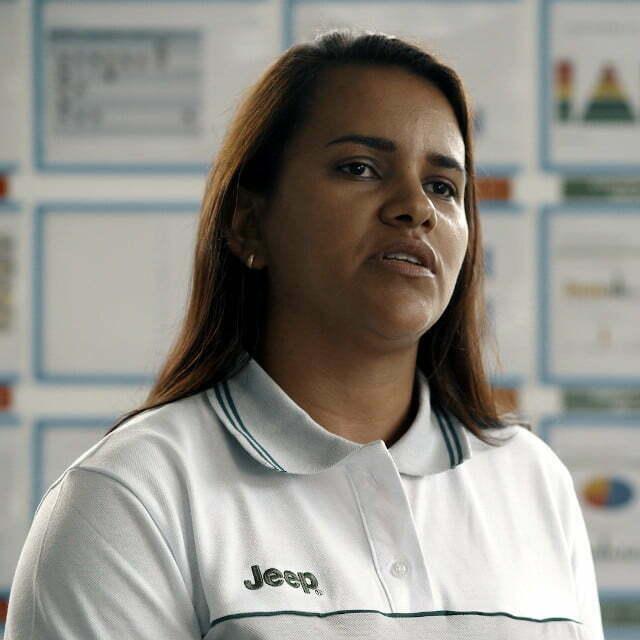 Natália Andrade, analista da Estação de Tratamento de Efluentes (ETE) do Polo Automotivo Jeep