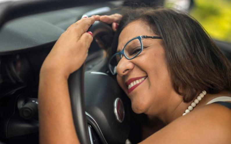 Helena Cristina ao volante