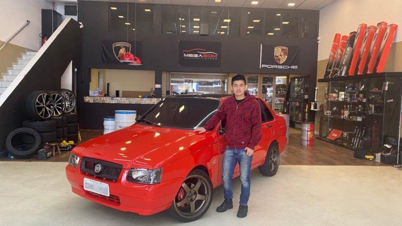 Sérgio Ougaki e seu Fiat Prêmio personalizado