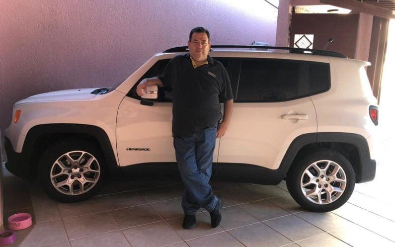 Fernando Herrera com seu Jeep Renegade Longitude 2016