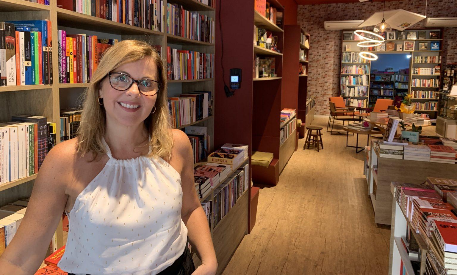 Monica Carvalho tinha o sonho de trabalhar com cultura, livros, literatura. Abriu, em janeiro, a Livraria da Tarde.