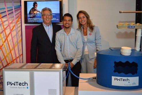 Fernando e Maria Helena, cofundadores da PWTech, com o engenheiro Jadson Lima (no centro), do time da PWTech.
