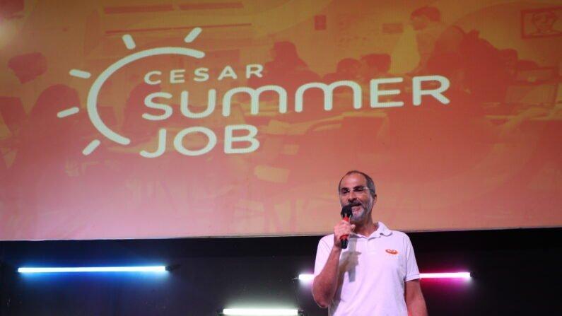 Eduardo Peixoto, Chief Design Officer (CDO) do CESAR, no evento de encerramento do CESAR Summer Job, em 2020.